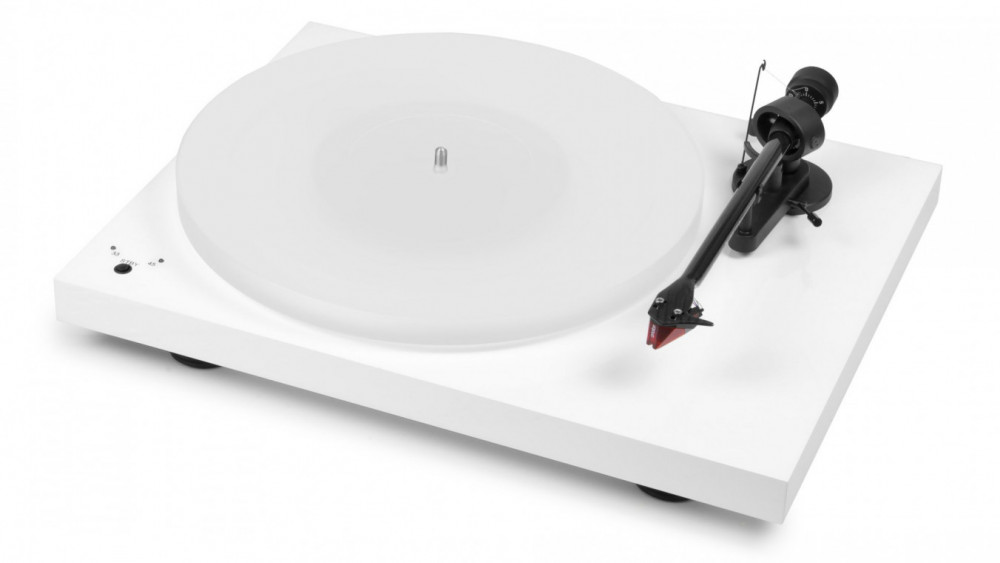 Pro-Ject Pro-ject Debut-Carbon DC Esprit with 2M-Red Pianovit