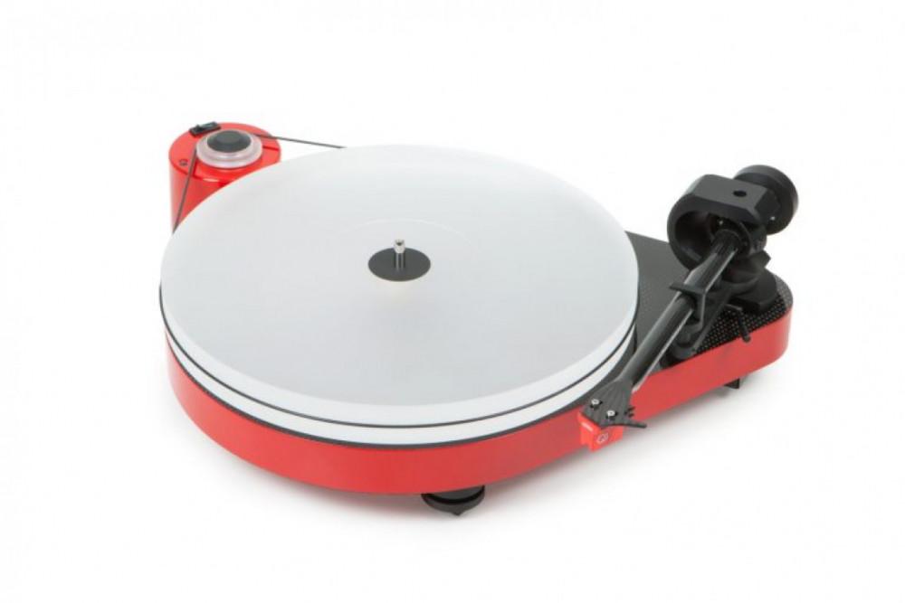 Pro-Ject RPM5 Carbon with MC Quintet Red Röd pianolack med Ortofon MC Quintet Red